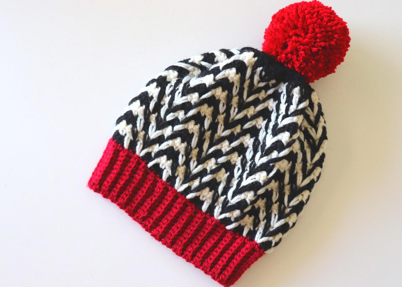 Crochet Twin Peaks Beanie / With Written Pattern