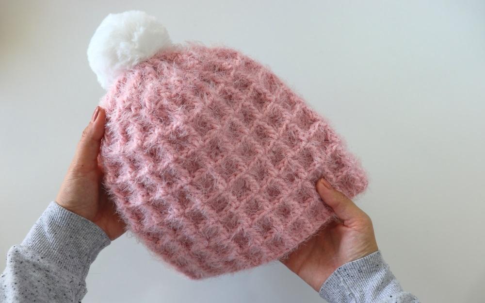 Crochet Beginner Waffle Hat / Written Pattern Incl.