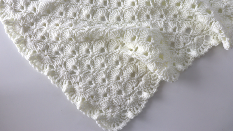 Crochet Easy Romantic Baby Blanket Pattern
