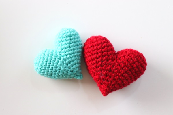 Crochet 3D Valentine's Day Heart Amigurumi Written Pattern