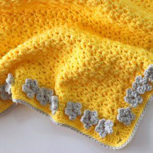 Crochet Daisy Blanket Tutorial Written Pattern / Easy One Row Repeat